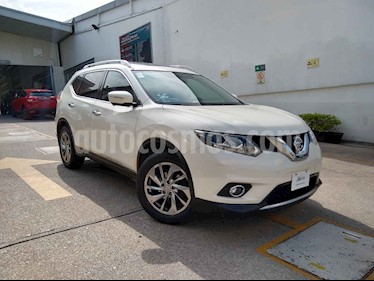 Nissan X-Trail 5p Exclusive 2 L4/2.5 Aut usado (2016) color Blanco precio $252,000