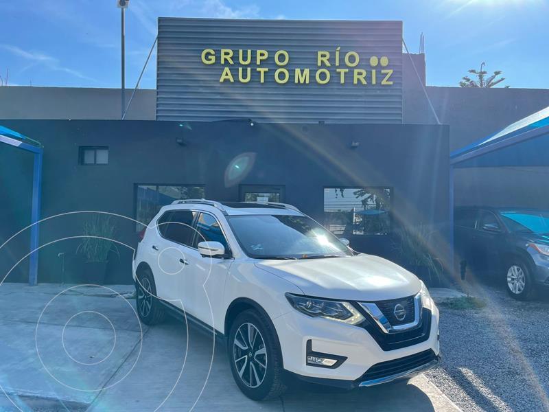 Foto Nissan X-Trail Exclusive 2 Row usado (2018) color Blanco precio $355,000