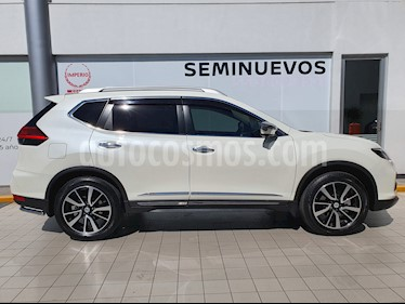 Nissan X-Trail Exclusive 3 Row usado (2020) color Blanco Perla precio $539,000