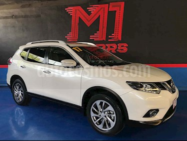 Nissan X-Trail Exclusive 3 Row usado (2017) color Blanco precio $289,900