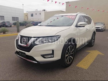 Nissan X-Trail 5p Exclusive 2 L4/2.5 Aut usado (2018) color Blanco precio $370,000