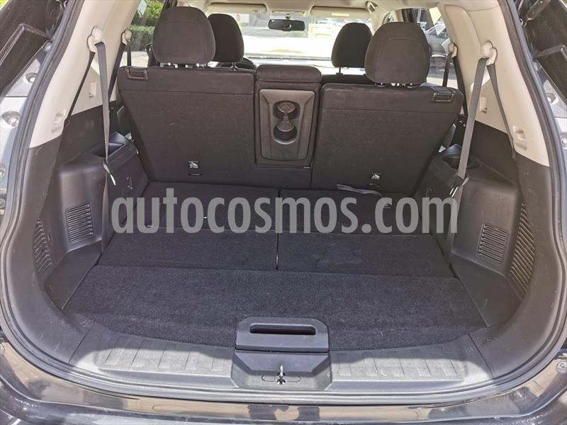 Nissan X-Trail Advance 3 Row usado (2017) color Negro precio $280,000