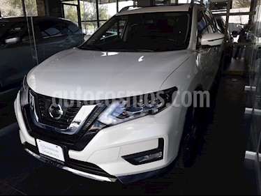 Foto Nissan X-Trail Exclusive usado (2018) color Blanco precio $376,000
