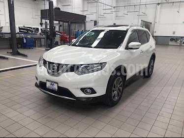 Foto Nissan X-Trail 5p Advance 2 L4/2.5 Aut usado (2016) color Blanco precio $275,000