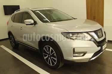 Nissan X-Trail 5p Exclusive 2 L4/2.5 Aut usado (2018) color Plata precio $354,000