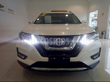 Foto Nissan X-Trail Advance 3 Row usado (2019) color Blanco precio $368,000