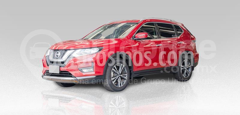 Nissan X-Trail Advance 3 Row usado (2018) color Rojo precio $355,000