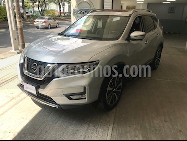 Nissan X-Trail Exclusive 3 Row usado (2018) color Plata precio $390,000