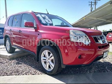 Nissan X-Trail SENSE CVT usado (2013) color Rojo precio $210,000