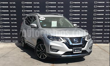 Nissan X-Trail Exclusive 2 Row usado (2018) color Plata precio $390,000