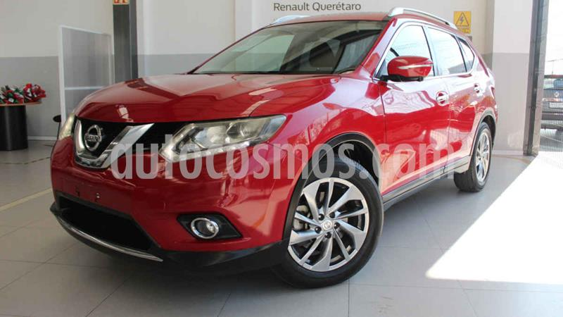 Nissan X-Trail Exclusive 3 Row usado (2015) color Rojo precio $250,000