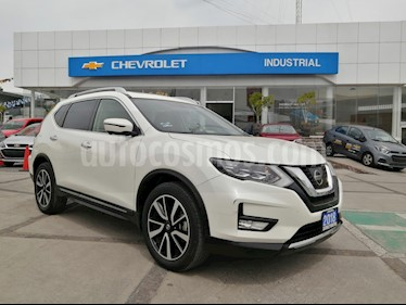 Nissan X-Trail Exclusive 3 Row usado (2018) color Blanco Perla precio $399,000