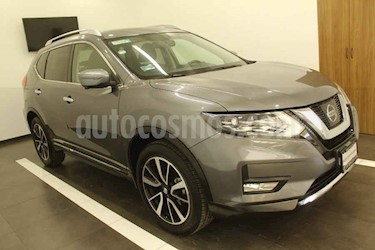 Nissan X-Trail 5p Exclusive 3 L4/2.5 Aut Banca abatible usado (2018) color Gris precio $379,000