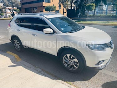 Nissan X-Trail Advance 3 Row usado (2017) color Blanco precio $300,000