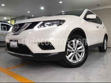 Nissan X-Trail 5p Sense 3 L4/2.5 Aut Banca abatible usado (2016) color Blanco precio $249,000
