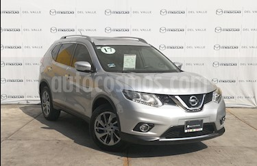 Nissan X-Trail Exclusive 2 Row usado (2017) color Plata precio $305,000