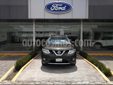 Nissan X-Trail Exclusive 2 Row usado (2015) color Verde precio $220,000