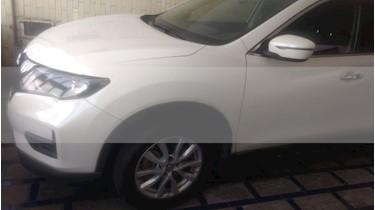 Nissan X-Trail Sense 3 Row usado (2018) color Blanco Perla precio $325,000