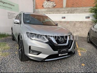 Foto venta Auto usado Nissan X-Trail XTRAIL EXCLUSIVE HEV 2 FILAS (2019) color Plata precio $519,000