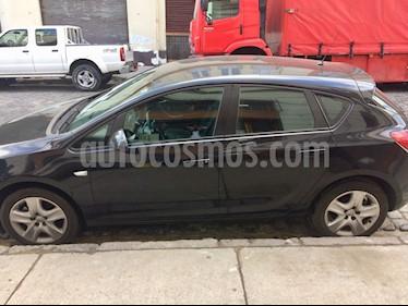 Opel Astra 5P Hatchback usado (2014) color Negro precio $6.500.000