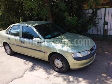 Opel Vectra Gl 1.6 usado (1997) color Verde precio $1.800.000
