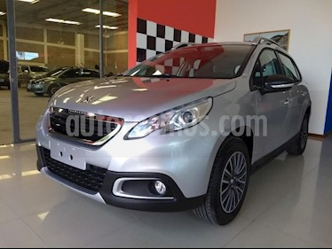 Peugeot 2008 Active usado (2019) color Gris Claro