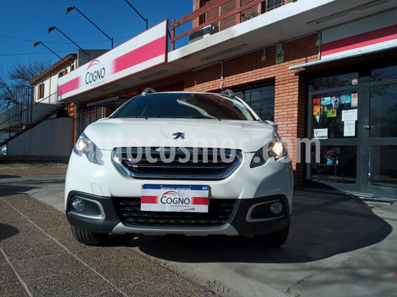 Peugeot 2008 Allure usado (2016) color Blanco precio $1.111.111