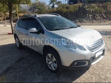 Peugeot 2008 Allure Aut usado (2017) color Gris Claro precio $850.000