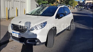 Peugeot 2008 Feline usado (2015) color Blanco precio $1.999.999