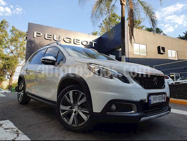 Peugeot 2008 5p Allure Pack L3/1.2/T Aut usado (2019) color Blanco precio $272,900