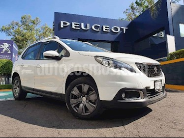 Peugeot 2008 5p Active L3/1.2/T Man usado (2020) color Blanco precio $289,900