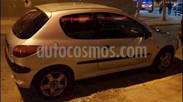 Foto venta Auto usado Peugeot 206 1.4 XR 3P (2000) color Gris Plata  precio $70.000