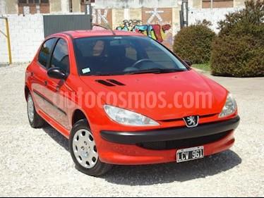 Foto Peugeot 206 1.4 XR Pack 5P usado (2012) color Rojo precio $180.000