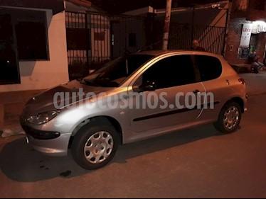Foto venta Auto usado Peugeot 206 1.4 XR Presence 3P (2005) color Gris