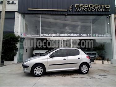 Foto venta Auto usado Peugeot 206 1.6 XR 5P (2004) color Gris Claro precio $165.000