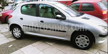 Foto venta Auto usado Peugeot 206 1.6 XR 5P (2004) color Gris Claro precio $98.000