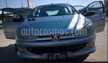 Peugeot 206 2.0 HDi XS Premium 5P NAV usado (2008) color Gris precio $365.000
