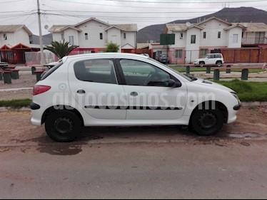 Foto venta Auto usado Peugeot 206 5P 16V XR  (2005) color Blanco precio $2.000.000