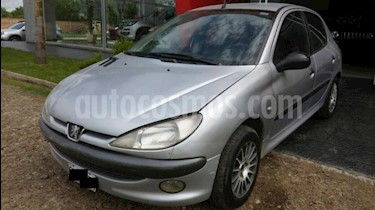 Foto venta Auto Usado Peugeot 206 5P XRD (2001) color Gris Claro precio $111.111