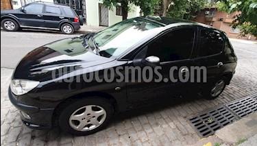 Peugeot 206 1.6 XS Premium 5P usado (2007) color Negro precio $250.000