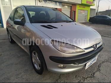 Peugeot 206 1.6 XR Premium 3P usado (2006) color Gris precio $245.000