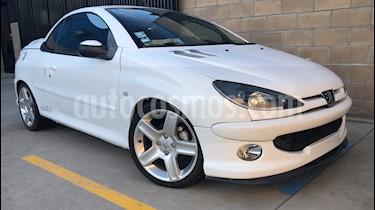 Peugeot 206 CC usado (2003) color Blanco precio $62,000