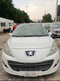 Peugeot 206 5P X-Line 1.6 usado (2013) color Blanco precio $100,000