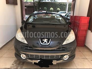 Peugeot 207 CC Turbo Piel usado (2008) color Negro precio $105,000