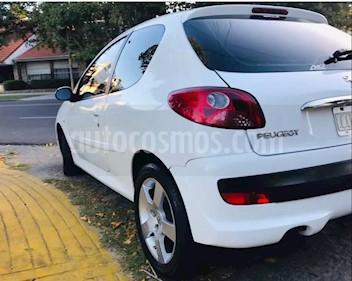 Peugeot 207 Compact 1.4 Active 3P usado (2010) color Blanco Banquise precio $240.000