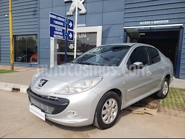 Foto venta Auto usado Peugeot 207 Compact 1.4 Active 4P (2011) color Gris Claro precio $175.000