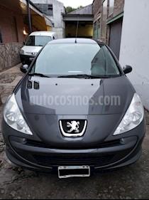 Peugeot 207 Compact 1.4 Active 5P usado (2015) color Gris Grafito precio $250.000