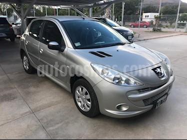 Foto venta Auto usado Peugeot 207 Compact 1.4 Allure 5P (2012) color Gris Claro precio $345.000