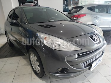 Foto Peugeot 207 Compact 1.4 Allure 5P usado (2011) color Negro Perla precio $310.000