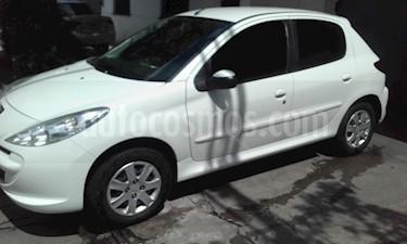 Foto venta Auto usado Peugeot 207 Compact 1.4 Allure 5P (2014) color Blanco Banquise precio $270.000